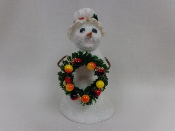 Snowlady w/duster cap, w/wreath