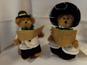 Stephen & Eliza Carolers - set of 2