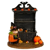 Collector's Halloween Curio (empty)